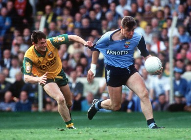 JJ Doherty gets to grips with Charlie Redmond in 1992