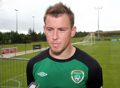 Simon Cox will start for Ireland against Kazakhstan.