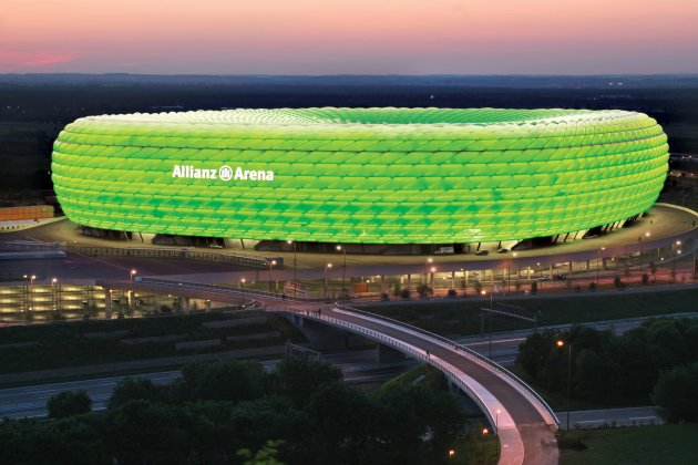 http://s1.thejournal.ie/media/2013/03/allianz-arena-greenfinal-2-630x420.jpg