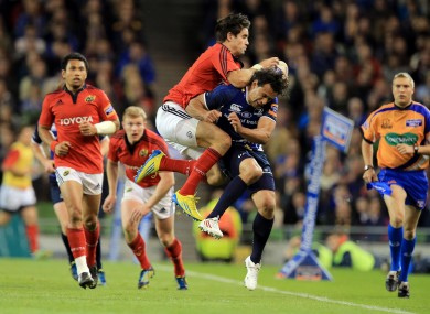 Conor Murray and Isa Nacewa tangle at Lansdowne Road.