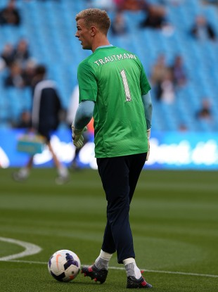 Joe Hart wears a 'Trautmann 1' jersey at Eastlands.